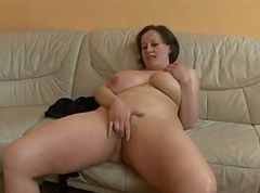 MONSTER TITS GERMAN BBW MATURE GETS FUCKED & SPRAYED -B